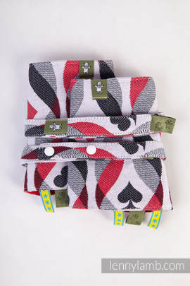 Drool Pads & Reach Straps Set, (100% cotton) - QUEEN OF HEARTS