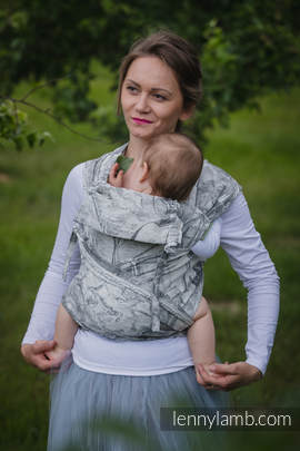 WRAP-TAI carrier Mini with hood/ jacquard twill / 60% cotton, 40% linen / LINEN GALLEONS BLACK & CREAM
