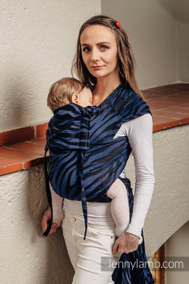 WRAP-TAI carrier Mini with hood/ jacquard twill / 100% cotton / ZEBRA BLACK & NAVY BLUE